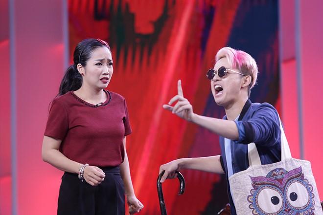 Van Son doi ''ve van'' Hong Dao truoc mat Quang Minh hinh anh 9