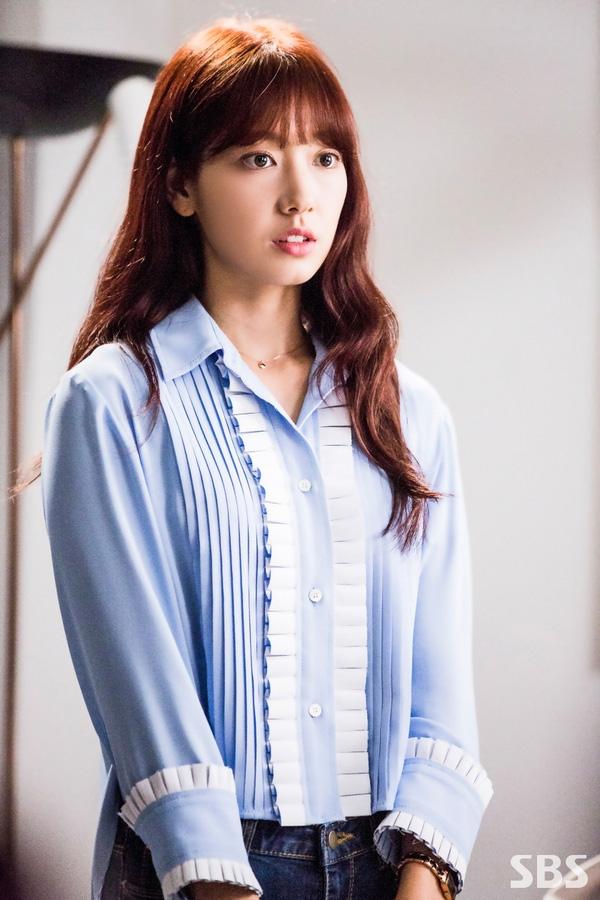 Sao Hàn mặc sơmi trong phim